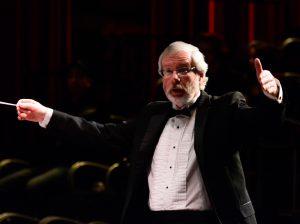 Rob Speers conducting